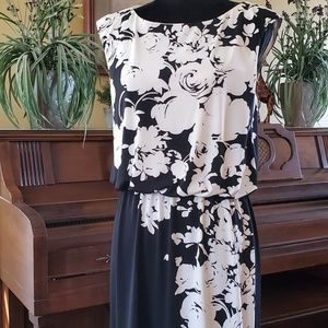 London Times Elegant Floral Dress 12